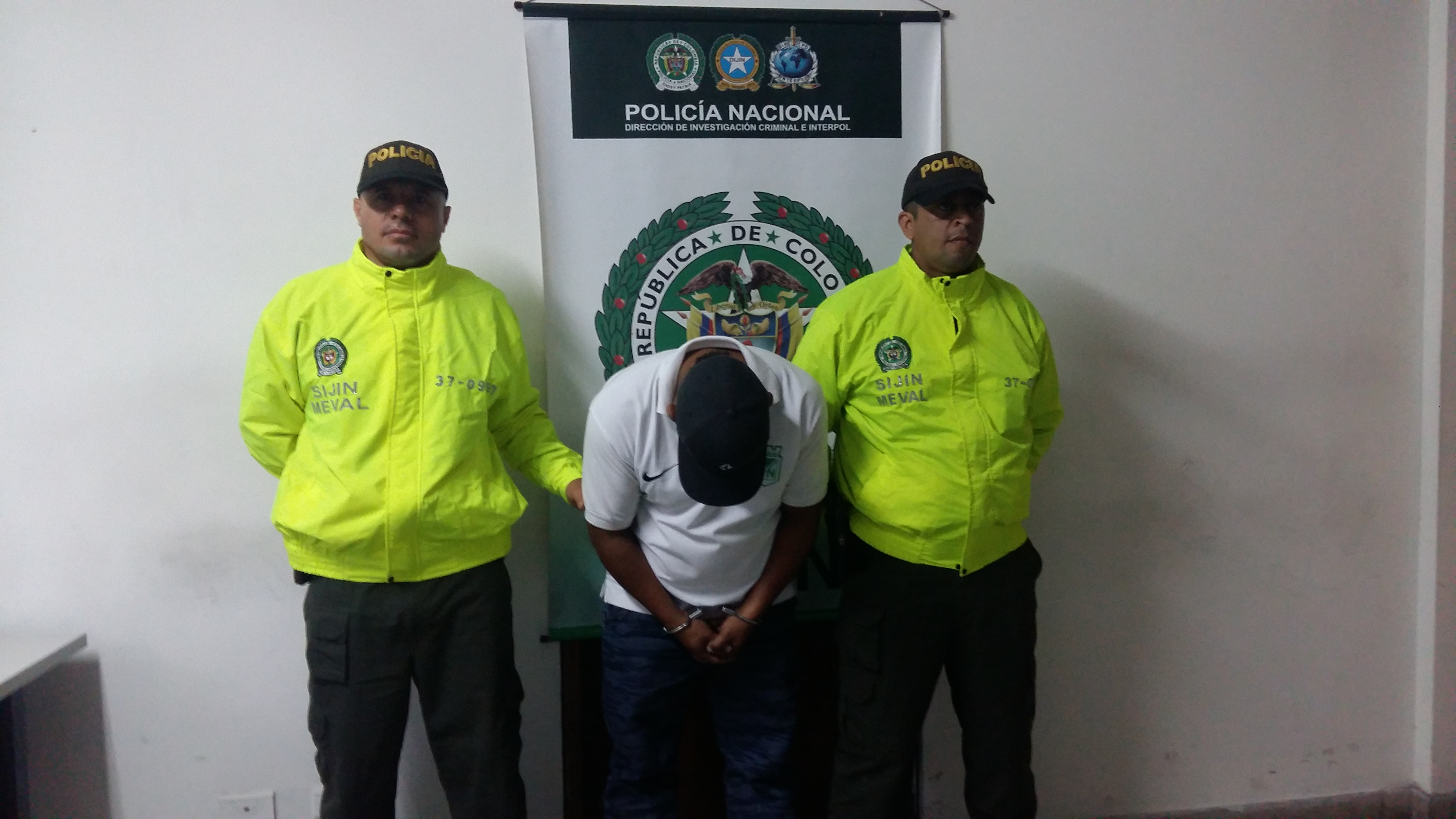 Operativos contra estructuras delincuenciales en medell n polic a nacional de colombia - Oficina policia nacional ...