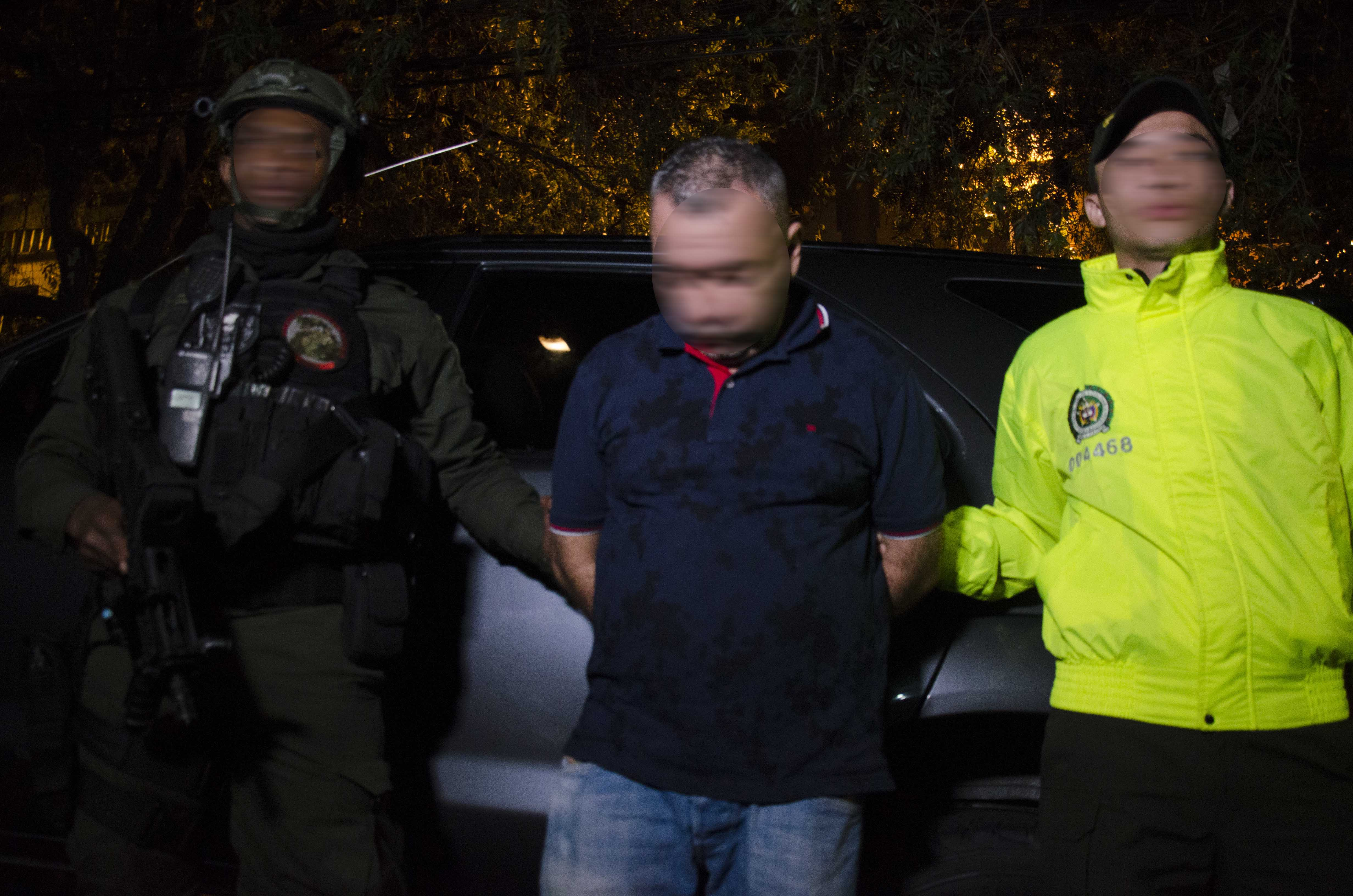 Nuevo golpe al grupo colegiado la oficina polic a for Oficina policia nacional