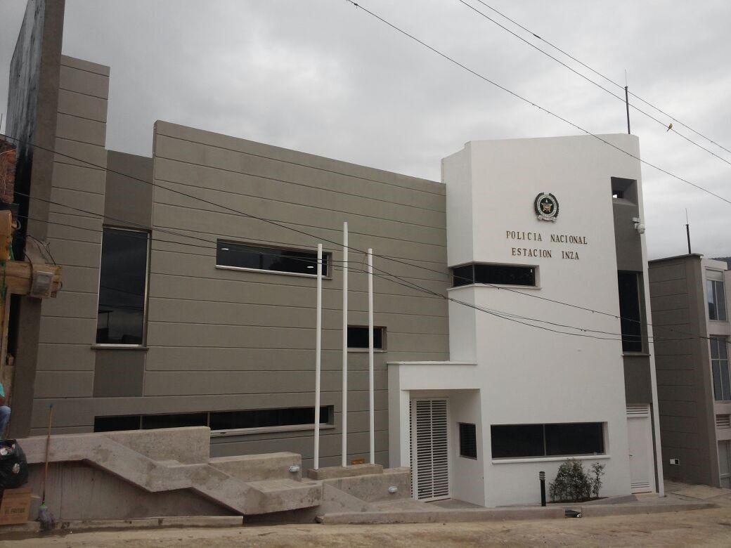 Inauguraci n de la nueva estaci n de polic a inz for Oficina policia nacional