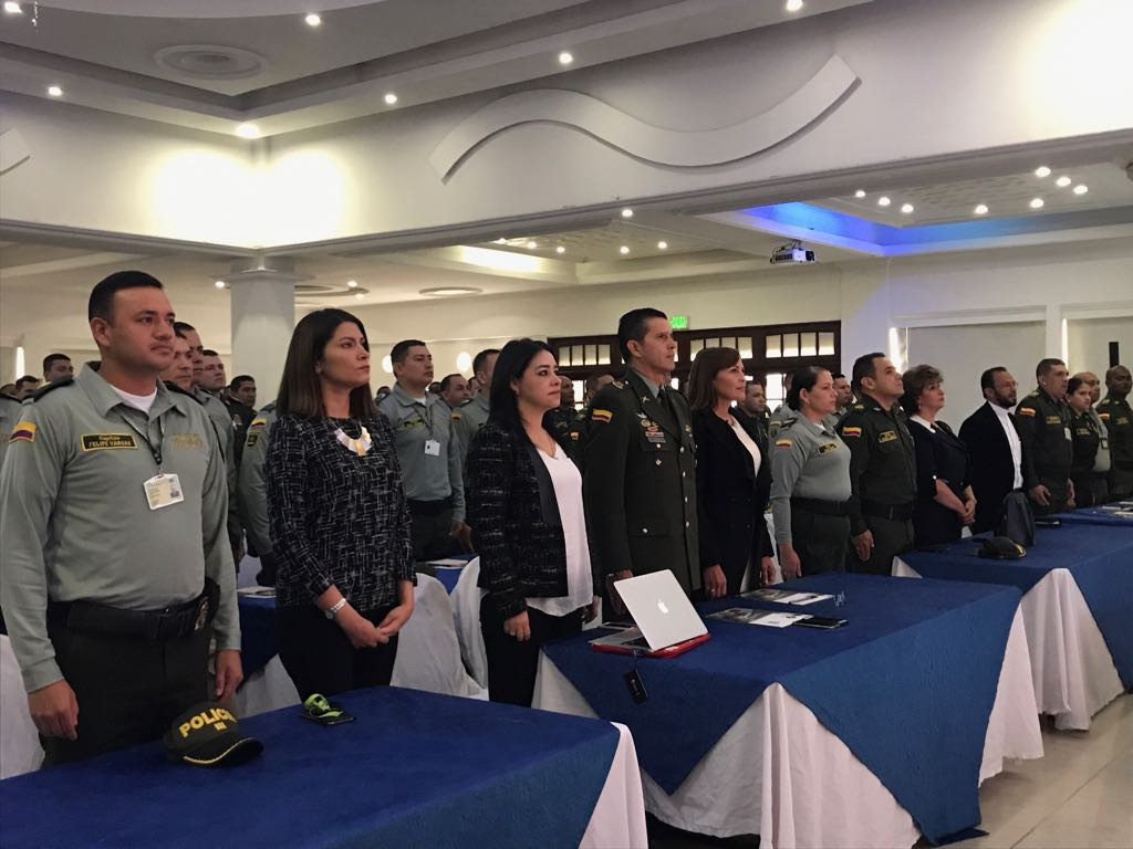 Mincomercio y polic a nacional trabajando por los retos for Oficina policia nacional