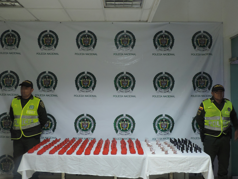 Trabajamos para mantener la seguridad en el aeropuerto de in rida polic a nacional de colombia - Oficina policia nacional ...