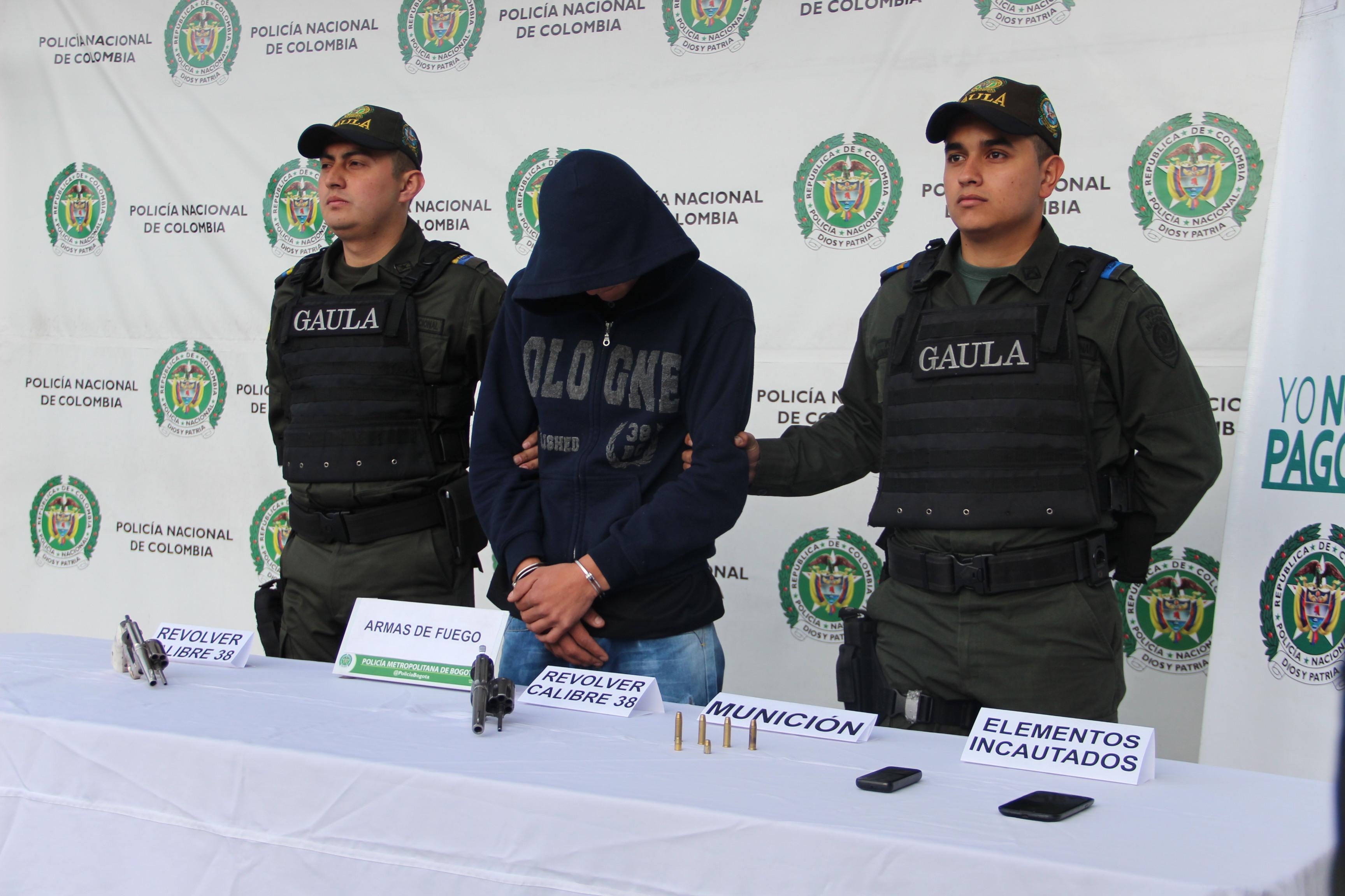 Gaula de la polic a rescat a una pareja en la localidad for Oficina policia nacional