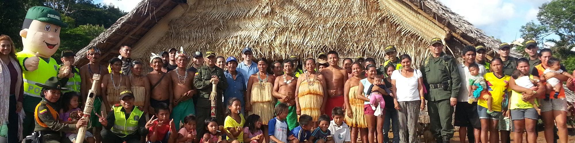 Mitu-vaupes-departamento-policia-comunidad-indigena