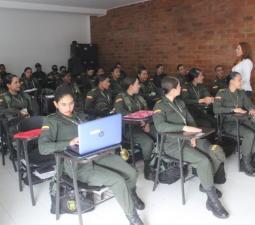 Técnico en servicio de Policía
