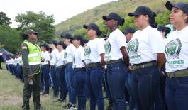 Primeras-mujeres-auxiliares-en-Cali