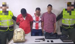 Los uniformados fueron alertados por la comunidad del hecho delictivo.