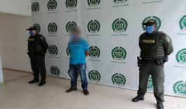 Una persona capturado por transportar personas ilegalmente