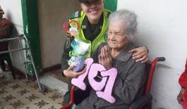 Celebramos los 101 años de la abuela Benedicta