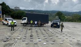 Incautamos 105 kilogramos de clorhidrato de cocaína en Piendamó- Cauca