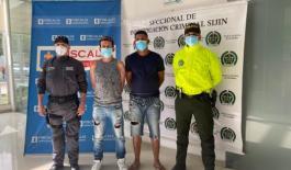 Capturados dos hombres señalados de hurtar un establecimiento en un centro comercial de la ciudad en julio.