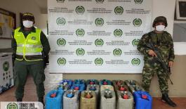 En-acciones-contra-la-minería-ilegal-incautamos-783-galones-de-combustibles-en-el-Chocó