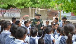 """La Policía Nacional activó los dispositivos de seguridad para garantizar el """"regreso a clases"""" de niños, niñas y adolescentes"""