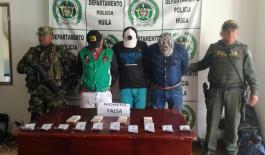 capturados-con-dolares-y-pesos-falsos-Huila