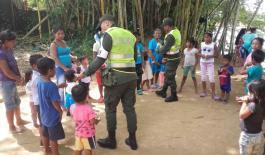 niños-de-las-comunidades-indígenas-de-Mitú