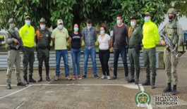 Cinco capturados asociados a la deforestación y operación de ꞌecohotelesꞌ en Caño Cristales