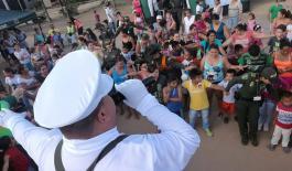 poli-mario-anima-comunidad-laboyana-concurso-vacaciones-seguras