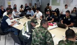 policia-colombia-dispuestos-a-ayudar-valdivia-ituango-colombia-antioquia