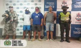 """tres personas capturadas por aprovechamiento ilícito de los recursos naturales renovables en el """"Valle"""" Chocó"""