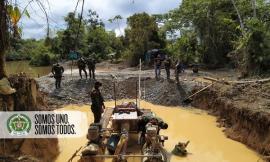 05-motores-incautados-y-un-hombre-capturado-son-los-resultados-en-contra-de-la-minería-ilegal