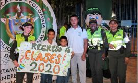 Acompañamos a los estudiantes del Instituto Bolivariano a su primer dia de clases