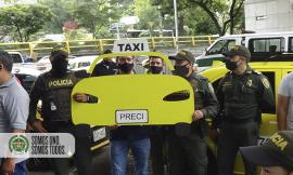 Actividad de prevención con gremio de taxista de Medellín