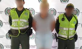 Capturada ciudadana por el delito de violencia contra servidor público