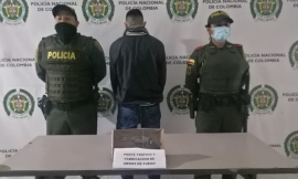 En dos casos aislados fueron capturados dos hombres de 24 y 26 años por portar ilegalmente armas de fuego