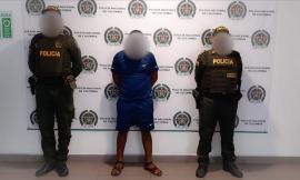 Capturamos en flagrancia a hombre por el delito de violencia contra servidor público