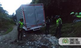 Contaminación ambiental por arrojar escombros1