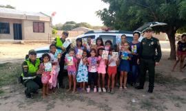 Campaña 'dona un cuaderno' en La Guajira