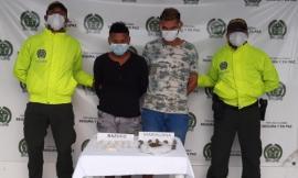 Estas-personas-se-dedicaban-a-la-venta-de-estupefacientes-en-Chiriguaná
