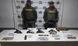 Hallamos-de-importante-material-de-guerra-al-grupo-delincuencial-'los-chacales'.