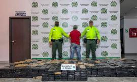En caleta instalada a un contenedor se incautaron 1.013 kilos de cocaína
