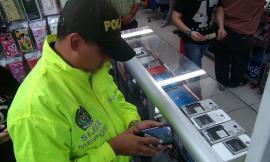 centro_comercial_Anarkos_incautados_más_de_224 celulares.