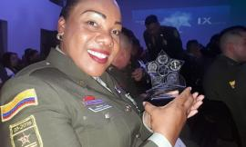 Raizal es reconocida en la Noche de la Excelencia Policial
