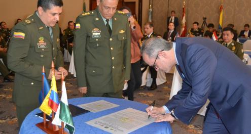 firma memorando de entendimiento