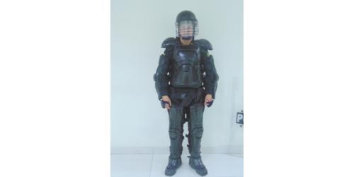 Uniforme de los Escuadrones Móviles Antidisturbios-Protección
