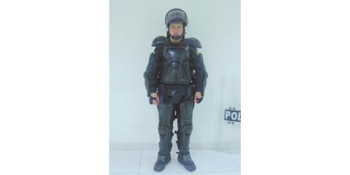 Uniforme de los Escuadrones Móviles Antidisturbios