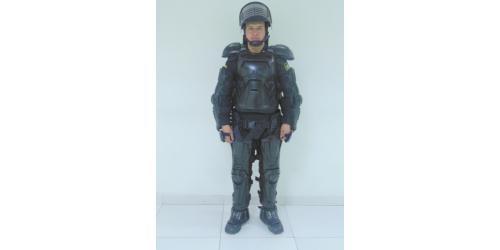 Uniforme de los Escuadrones Móviles Antidisturbios de la Policía Nacional