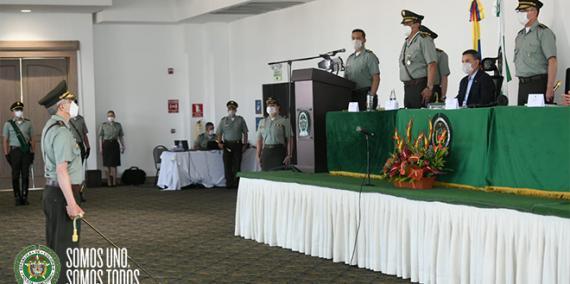 presentación ante el director policía nacional