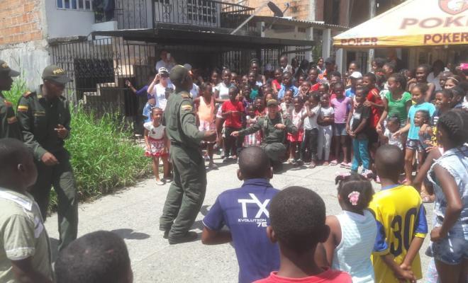 Valle-del-cauca-en-buenaventura-realizamos-olla-comunitaria2