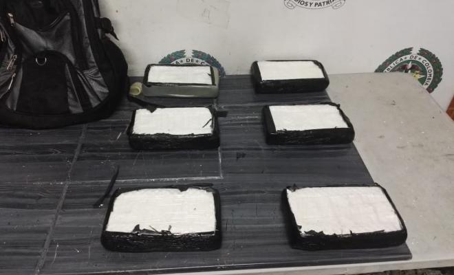 Cinco-jóvenes-fueron-capturados-transportando-cocaína-hacia-San-Andrés