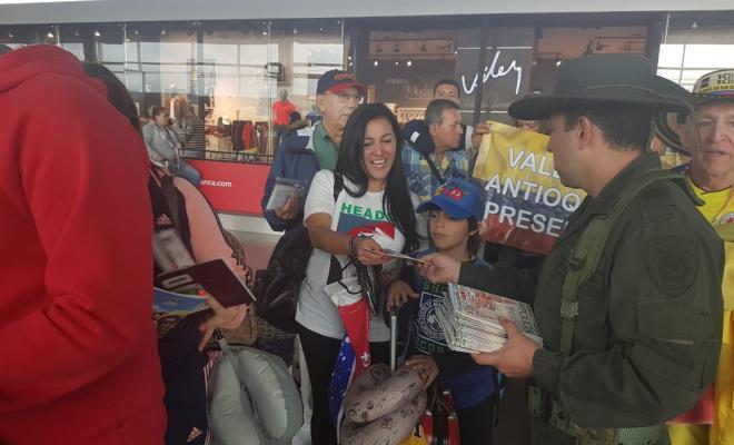 Gran-campaña-mundialista-se-desarrolla-en-el-Aeropuerto-el-Dorado