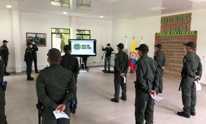 Escuela de Carabineros Alejandro Gutiérrez, realiza campaña para los futuros policías de Colombia