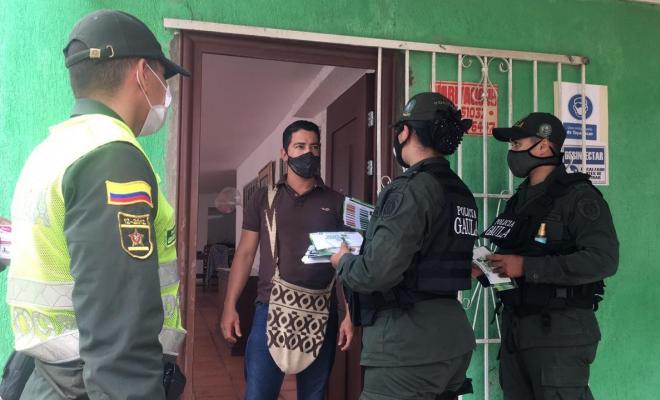 campaña contra la extorsion-yo no pago yo denuncio-gaula-algarrobo-puerta a puerta