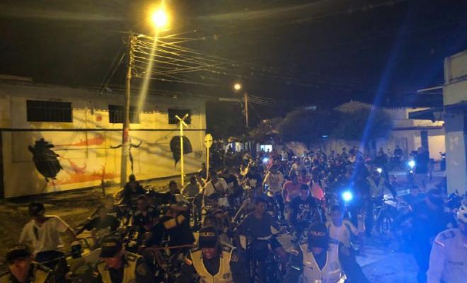 segunda-ciclovia-nocturna-roldanillo-policia-valle