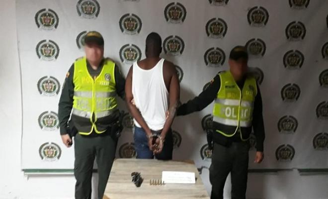 En-Quibdó-capturamos-un-ciudadano-por-porte-ilegal-de-arma-de-fuego.