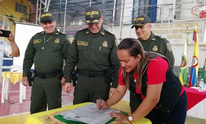 firma_del_pergamino_-_alcaldesa