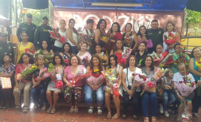 Con-jornadas-de-belleza-música-flores-las-emprendedoras-mujeres-celebraron-su-fecha-especial-única-en Colombia
