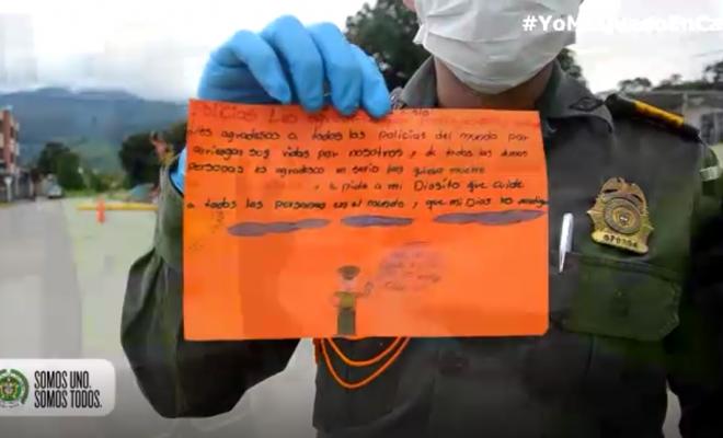 Los niños y niñas agradecen a los héroes de Colombia6